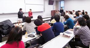 移住連ほせい 愛知県立大学で行われたシンポジウムで自身の体験を語るニューカマーの学生